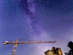 Burg bei Nacht - Milchstraße